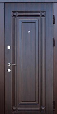 купить металлическую дверь в москве в торговом центре со скидкой